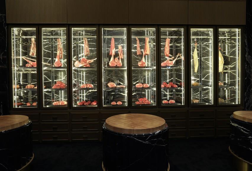 vetrina-esposizione-carne-su-misura-marmo-iglu-mirabilia